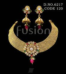 Designer Fashion Necklace Set