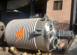 Stainless Steel Chemical Reactor, Storage Capacity: 5 Liter To 30000 Liter