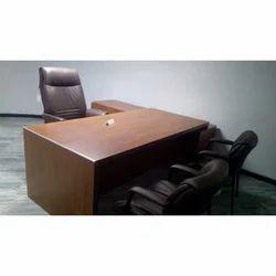 Brown Material: Wooden Geeken Office Table, Seating Capacity: 1