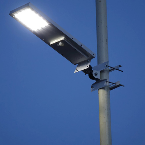 Light Pole Led Fixtures: SS LED Light Pole, Light Pole, Outdoor Lighting Poles