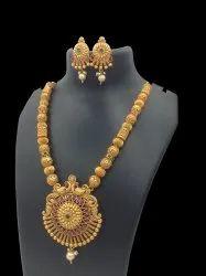 9010 Matte Finish Temple Jewellery Set