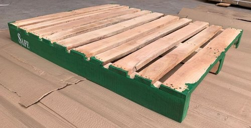 Wooden Pallet Rental Service
