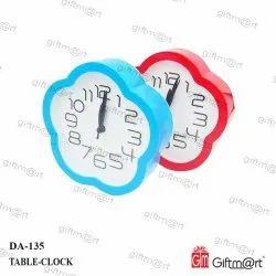 Giftmart Analog Table Clock, Size: 14 X 14 Cm