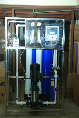 28176bf7195 Industrial RO - 250 LPH RO Plant Manufacturer from Surat