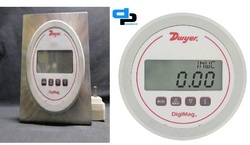 Dwyer DM-1103 DigiMag Digital Pressure Gage