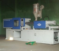 PLC Controlled Toggle Injection Moulding Machine