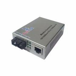 Media Converter OP-M74005 10/100 TX to 10/100 FX