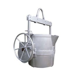 Geared Ladle
