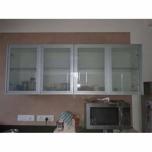 4 Shelves Glass Kitchen Cabinet Door Rs 350 Square Feet Kun Glass Aluminium Id 20512899188