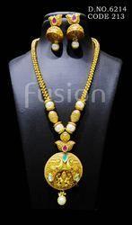 Temple Jewellery Pendant Set