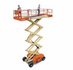 Lifts Mobile Scissor Lift Rental Services, Application/Usage: Construction Site, Minimum Rental Duration: >1 Week