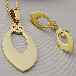 Gold Jewelry, Gold Pendants and Gold Earrings Set