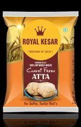 Royal kesar Chakki Fresh Atta, Packaging Size: 5 Kg, Packaging Type: Packet