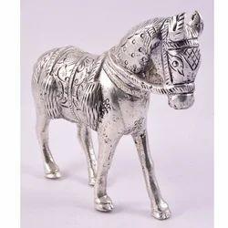 Silver Aluminium White Metal Horse Statue, For Interior Decor