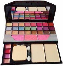 TYA Makeup Kit