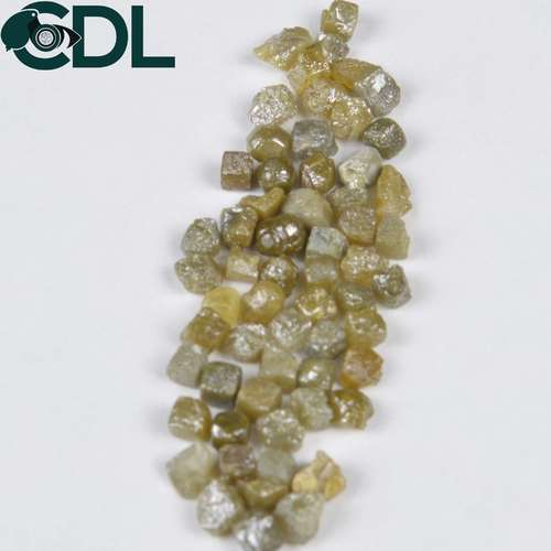 CDL FINESHINE Cube Shape Greenish Yellow Loose Rough Diamond 2.5mm to 5.0mm, Size: 2.50 Mm To 5.00 Mm, Packaging Type: Box