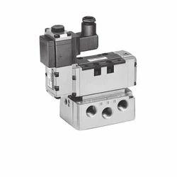 SMC 5 Port Electro-Pneumatic Proportional Valve VER