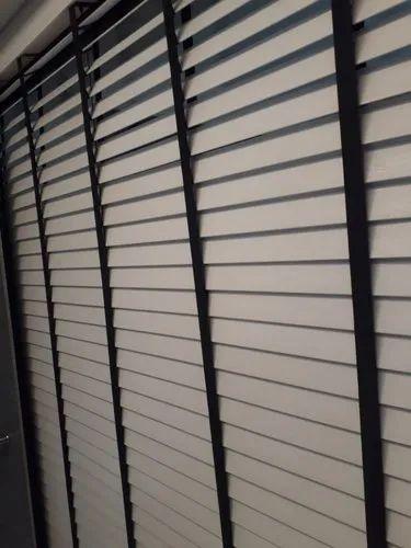 Polystyrene Plain Motorized Faux Venetian Blinds, Rs 400 /square feet | ID:  21142647548