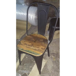 Metal dianing chair