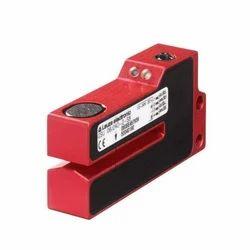 Leuze GSU06/240-2-S8 Ultrasonic Proximity Sensor