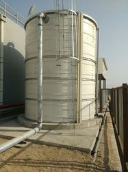 Commercial and Industrial Water Tank