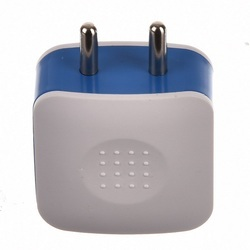 Raydium's Luna 1.0 Amp Dual USB Wall Charger Adapter
