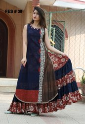 Ladies Designer Kurtis With Shrug Or Dupatta