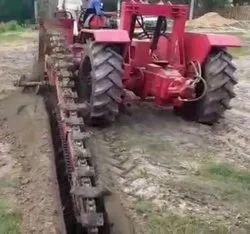 Pipeline Trenching Machine