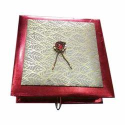 Gond Laddu Box