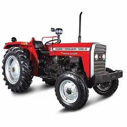 Massey Ferguson 1035 DI 39 HP Mahashakti农用拖拉机,立方体:2400 CC