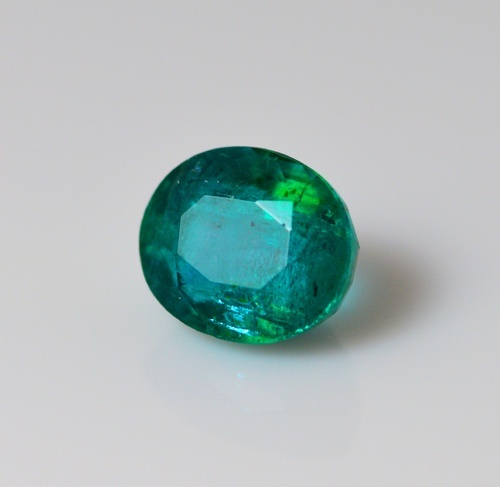 Natural Emerald 4.68 ct. IGI Certified