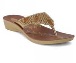 Paragon Womens Solea Golden Ethnic Sandal