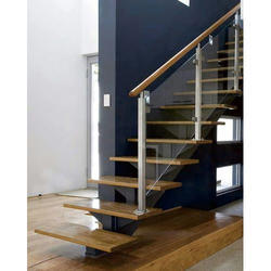 Glass and Wood Cantilever Staircase