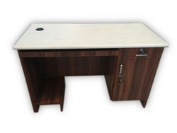 Western Interio Wooden CD04 Computer Desk, Warranty: 1 Year