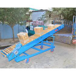 Box Handling Conveyor