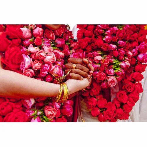 Wedding Flower Garlands: Rose Wedding Garland At Rs 500/piece