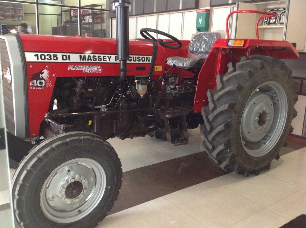Massey Ferguson 1035 DI Planetary Plus, 40 hp Tractor, 1100 kgf