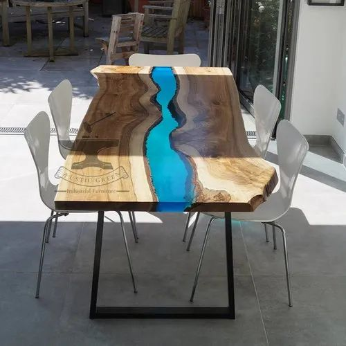 differently d8d7e c0dda Resin Wood Dining Table