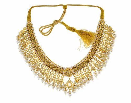 Alyza Pearls Special Velvet Polki Necklace Set APJPK0002
