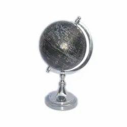 Aluminium Polish Metal Globe, Size: Normal
