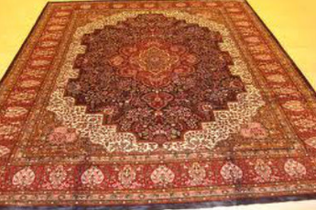 Kashmiri Carpets And Rugs Manufacturer
