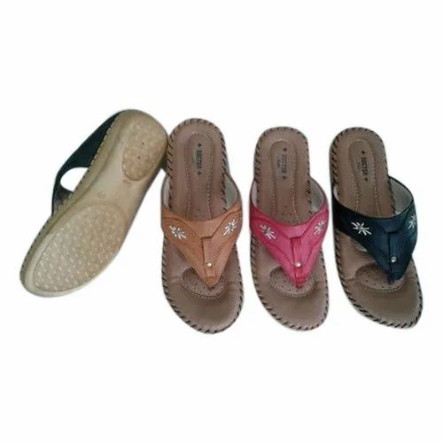 0e7cef59e31 Faux Leather Sindhi Footwear Ladies Casual Flat Slippers