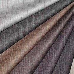 Plain Polyester Suiting Fabric, Packaging Type: Polybag, 100-150