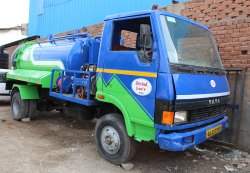 Suction and Jetting Vehicle For Rental, Location: Ahmedabad