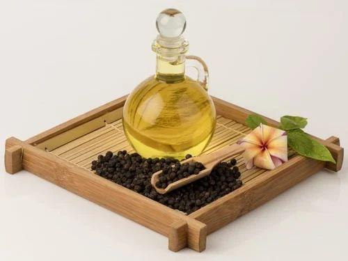 Aceite esencial de pimienta negra, embalaje: 1 a 180 litros, 4500 rupias ...