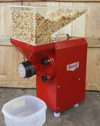 Peanut Butter Grinder Machine, Capacity: 50 - 60 Kgs
