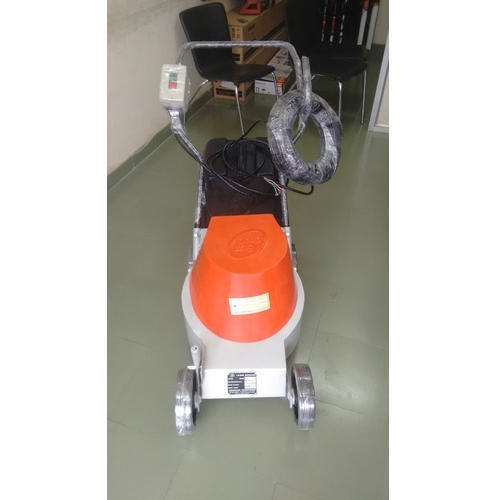 Electric Lawn Mower - Oleomac Lawn Mower Service Provider from Chennai