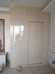 Wooden Sliding Wardrobe for Residential
