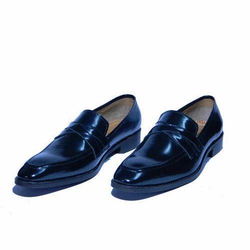 e56204f98d9b2 Black Men's Loafer Shoes, Size: 6-10, Rs 900 /pair, Xcordon Fashion ...