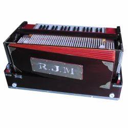 3 Line 11 scale Harmonium